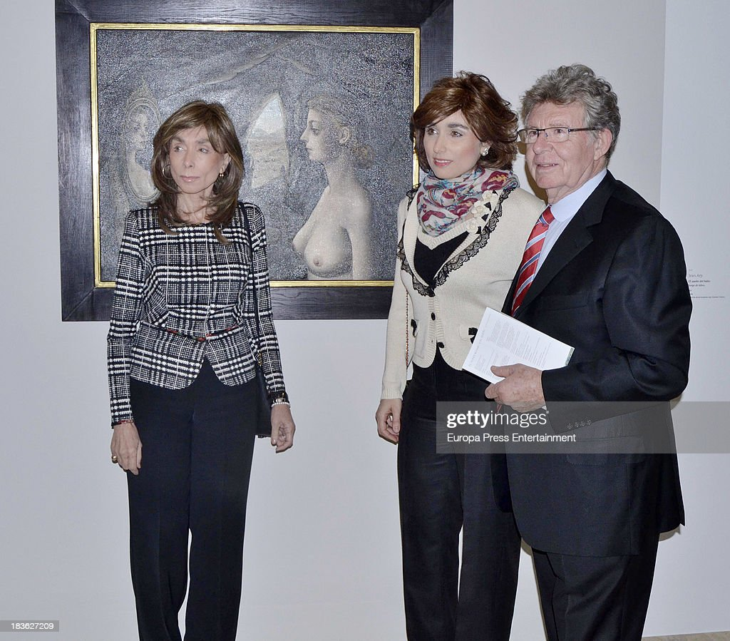 Paloma Segrelles and Paloma Segrelles attend the opening of 'El Surrealismo y el Sueno' painting exhibition at Thyssen-Bornemisza museum on October 7, 2013 in Madrid, Spain.