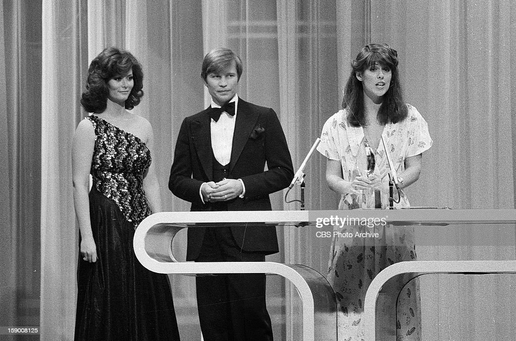 Pam Dawber of 'Mork and Mindy' receiving the Favorite Female Performer in a New TV Program on the 1979 People's Choice Awards show Michael York is...