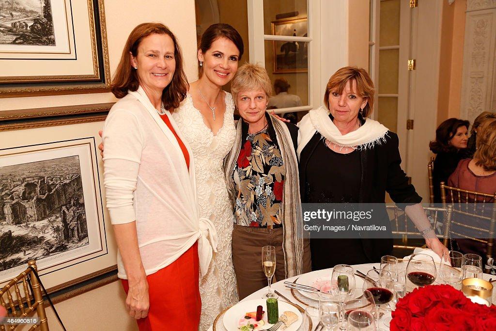 Pam Shriver Julie Lemigova And Guests Attend The Martina Navratilova Wedding Reception
