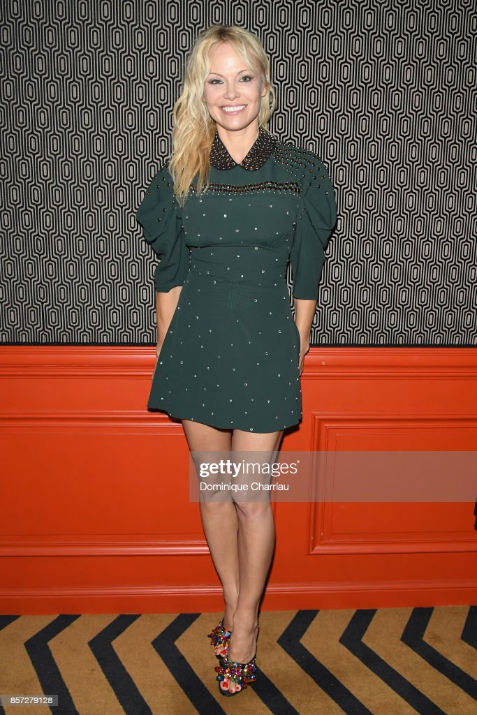 pamela-anderson-attends-the-miu-miu-aftershow-party-as-part-of-the-picture-id857279128