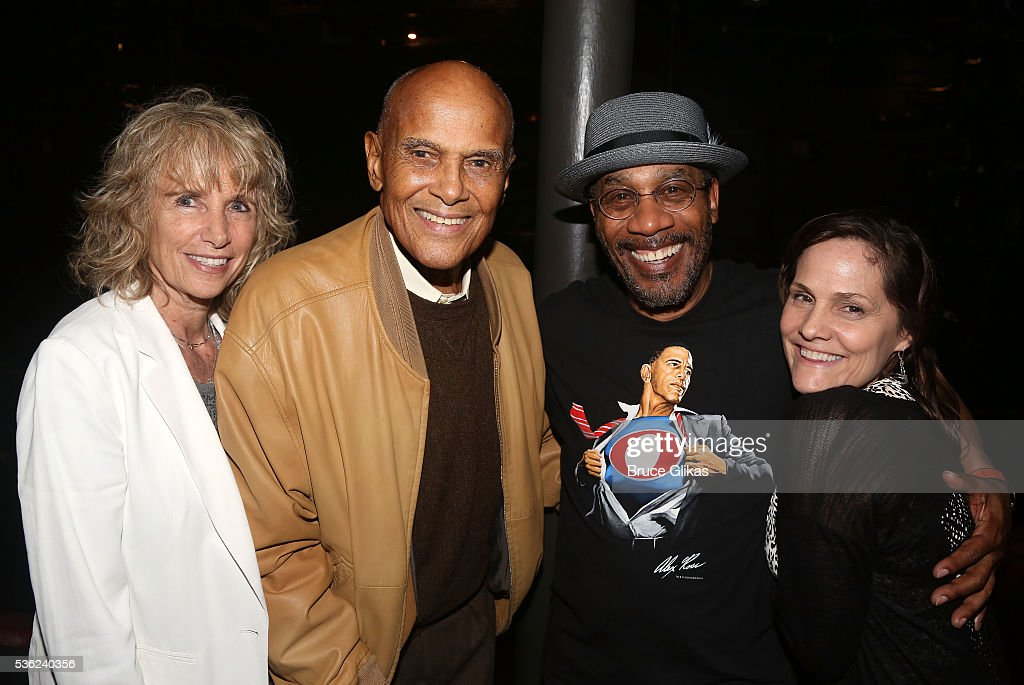 Pamela Frank, husband Harry Belafonte, Joe Morton and partner Christine Lietz pose backstage at the hit play 'Turn Me Loose' at The Westside Theatre on May 31, 2016 in New York City.