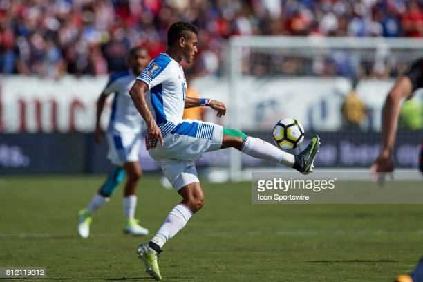 Panama forward Ismael Diaz controls the ball from the air during a CONCACAF Gold Cup Group B match between the United States v Panama at Nissan...