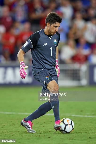 Panama goalkeeper Jaime Penedo dribbles the ball during the World Cup Qualifying match between the the United States and Panama on October 6 2017 at...