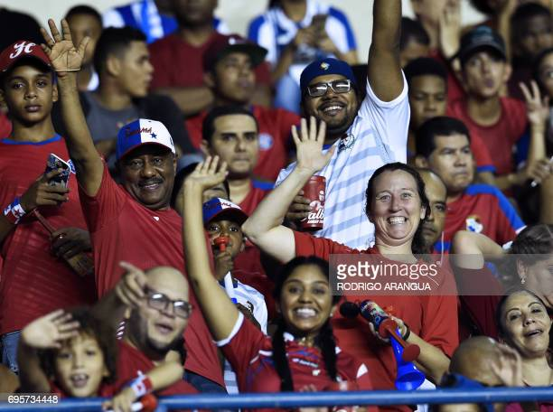 Panamanian supporters wait for the beginning of the FIFA World Cup Russia 2018 Concacaf qualifier match against Honduras in Panama City on June 13...