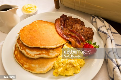 pancake and bacon breakfast - photo #14