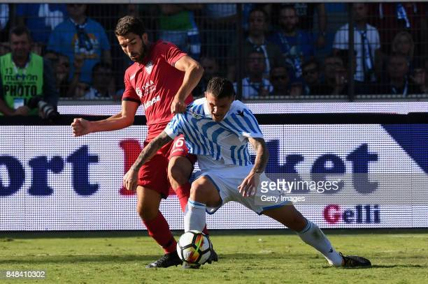 Pancrazio Paolo Faragoof Cagliari Calcio competes for the ball whit Federico Viviani of Spal during the Serie A match between Spal and Cagliari...