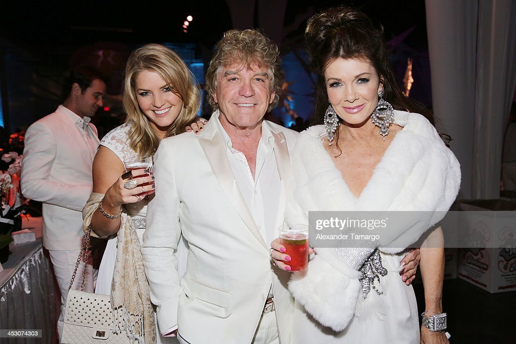 Pandora Vanderpump-Sabo, Ken Todd and Lisa Vanderpump pose during the debut of LVP sangria at The White Party in Miami and help raise awareness for HIV/AIDS at Soho Studios on November 30, 2013 in Miami, Florida.