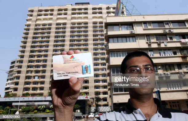 Pankaj Deshkar from Pune availed the Smart Card facility for his wife who is currently talking treatment in Jaslok Hospital in Mumbai