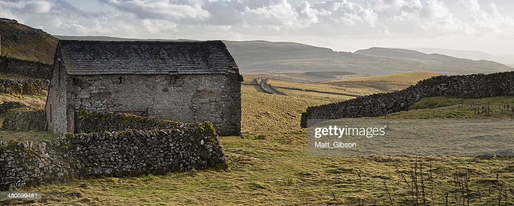 Panorama landscape traditional stone barn in Autumnal countryside : Stock Photo