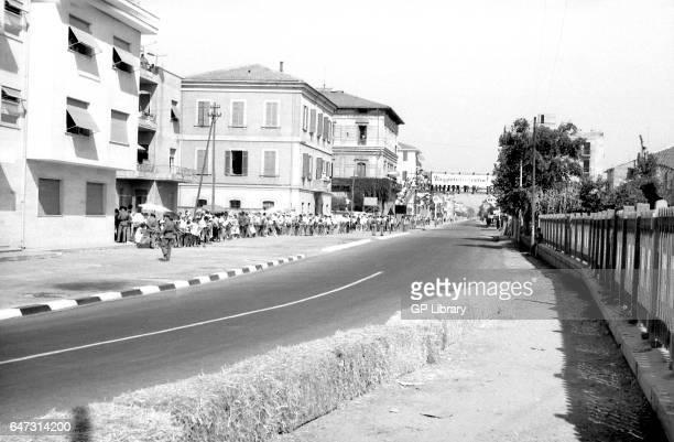 A panorama of an empty circuit at the Pescara Grand Prix 1957