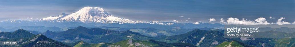 Panorama of Mt Rainier dominating the Cascades