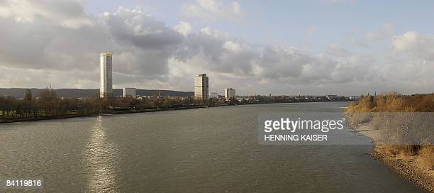 Panorama picture from December 19 2008 shows the western German city of Bonn on the banks of the river rhine AFP PHOTO DDP / HENNING KAISER GERMANY...
