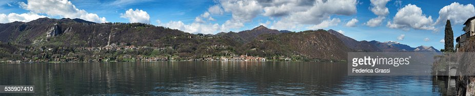 Panorama View Of Lake Orta And Small Town Pella, Northern Italy : Foto de stock