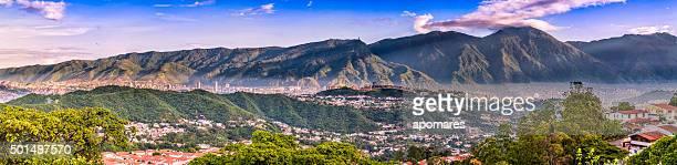 Panorama Bild von Caracas Stadt, Luftaufnahme mit El Avila