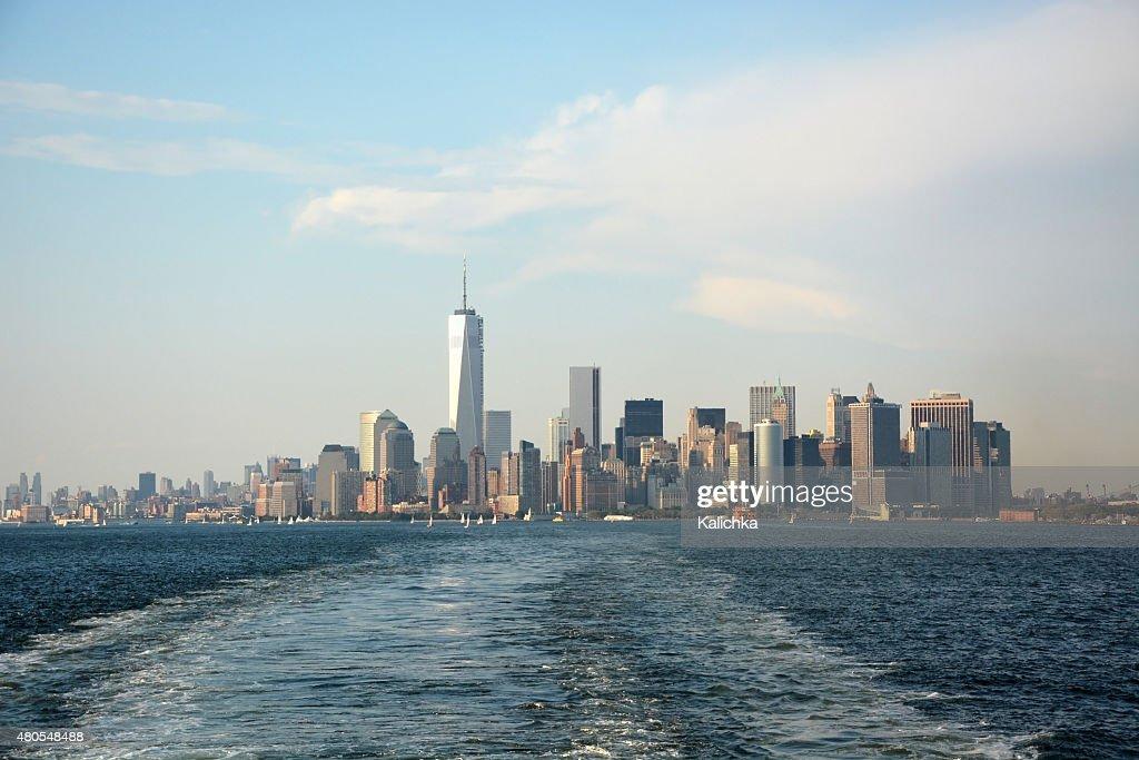 Imagem panorâmica de menor horizonte de Manhattan de Staten Island : Foto de stock