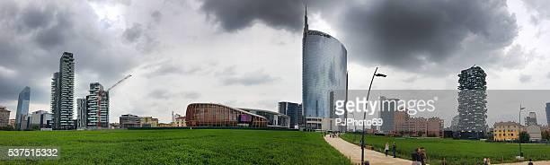 Panoramablick auf neue Skyline von Mailand
