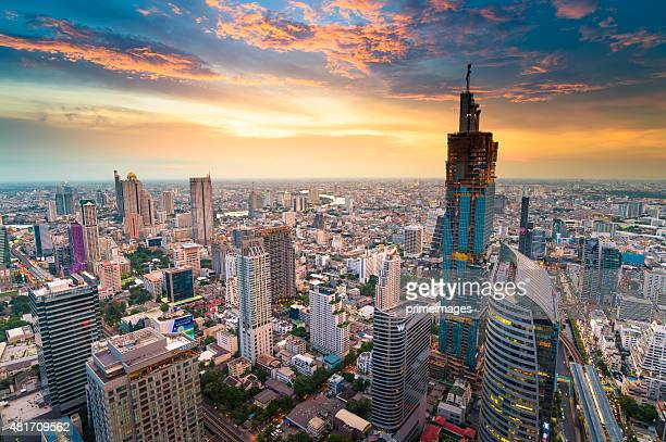 Panoramablick auf die urbane Umgebung in Bangkok, Thailand