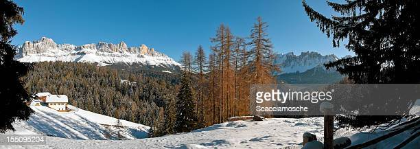 Panoramablick auf den Dolomiten