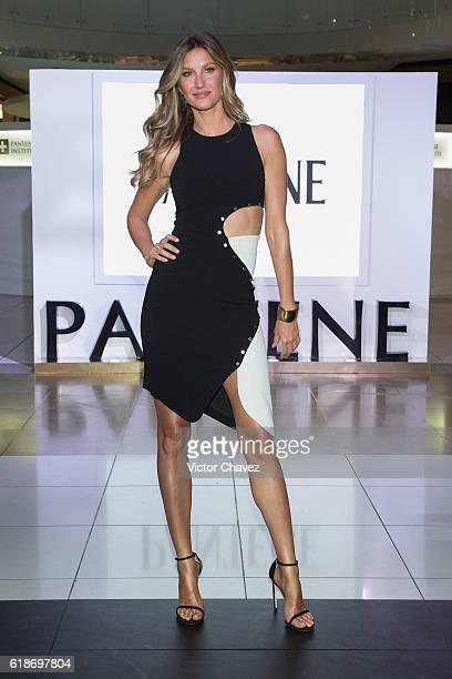 Pantene ambassadress Gisele Bundchen attends the Pantene Institute launch at Paseo Interlomas on October 27 2016 in Mexico City Mexico