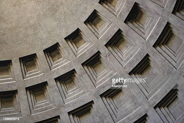 Pantheon dome in Rom mit architektonischen Besonderheiten
