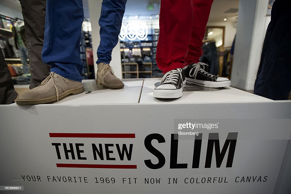 Pants and shoes are displayed on mannequins at a Gap Inc. store in San Francisco, California, U.S., on Thursday, Feb. 28, 2013. Gap Inc., the biggest U.S. specialty-apparel retailer, rose after posting fourth-quarter profit that topped analysts' estimates, fueled by its best holiday shopping season in six years. Photographer: David Paul Morris/Bloomberg via Getty Images