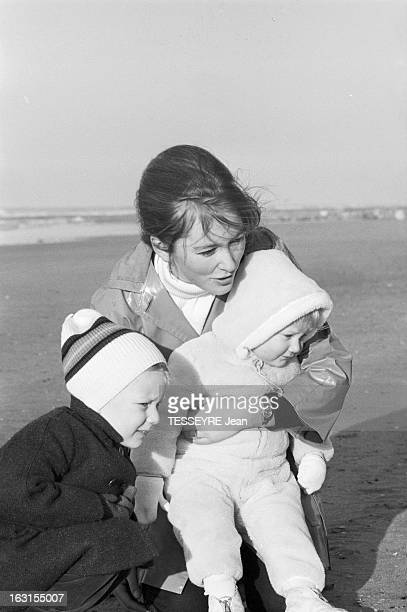 Paola Of Belgium With Her Children On The Beach Of Ostend