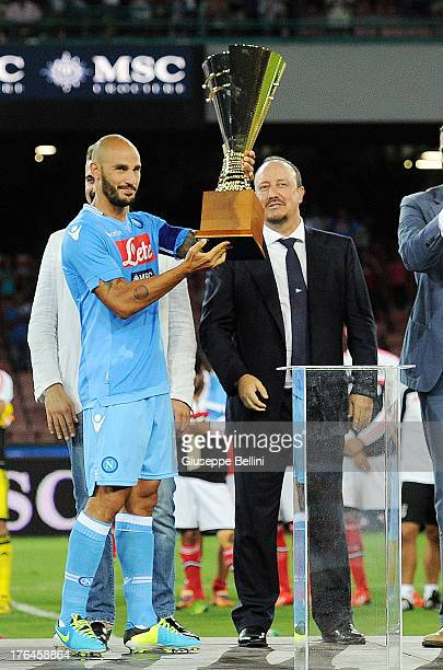 Paolo Cannavaro and Rafael Benitez head coach of Napoli with MSC CUP after the preseason friendly match between SSC Napoli and SL Benfica at Stadio...