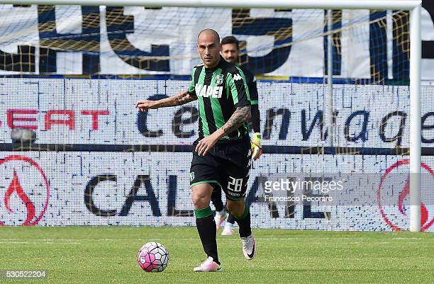 Paolo Cannavaro of Sassuolo in action during the Serie A match between Frosinone Calcio and US Sassuolo calcio at Stadio Matusa on May 8 2016 in...
