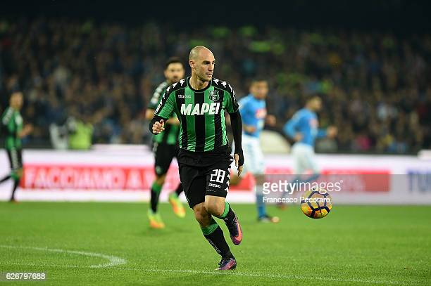 Paolo Cannavaro of US Sassuolo in action during the Serie A match between SSC Napoli and US Sassuolo November 28 2016 in Naples Italy