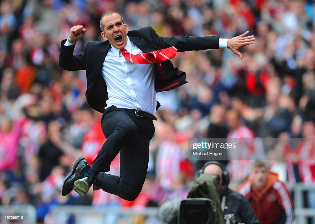 <a gi-track='captionPersonalityLinkClicked' href=/galleries/search?phrase=Paolo+Di+Canio&family=editorial&specificpeople=215237 ng-click='$event.stopPropagation()'>Paolo Di Canio</a> manager of Sunderland celebrates victory after the Barclays Premier League match between Sunderland and Everton at the Stadium of Light on April 20, 2013 in Sunderland, England.
