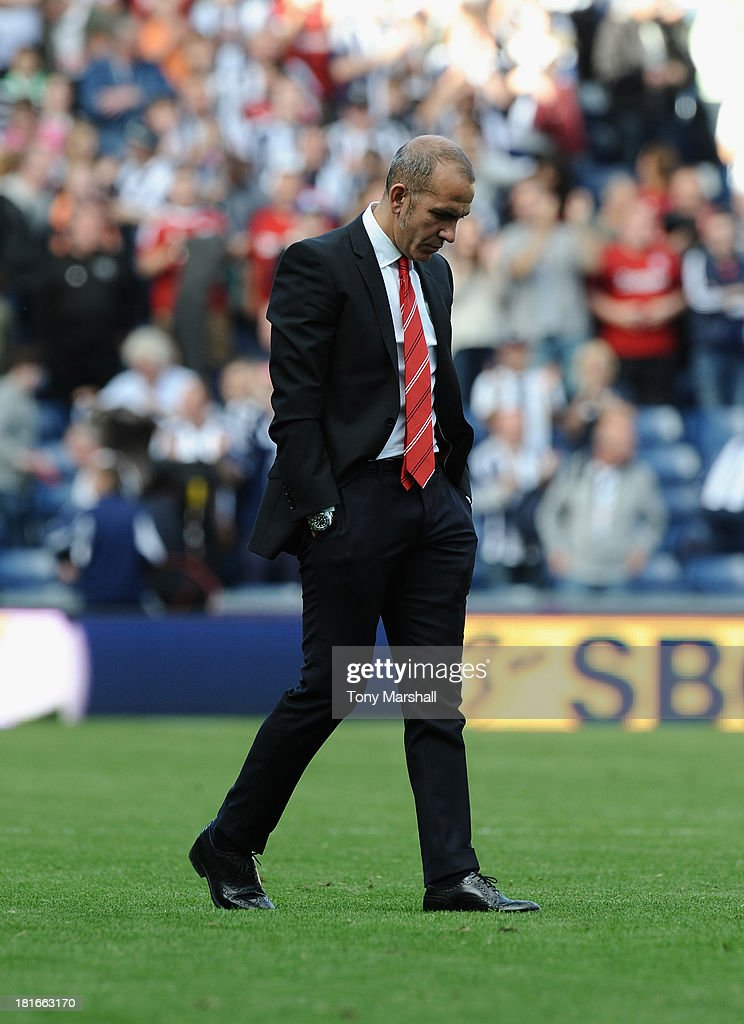 Paolo Di Canio, manager of Sunderland walks towards the fans at the end of the Barclays Premier League match between West Bromwich Albion and Sunderland at The Hawthorns on September 21, 2013 in West Bromwich, England.