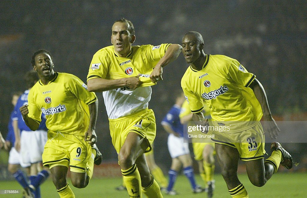Paolo Di Canio of Charlton celebrates scoring during the FA Barclaycard Premiership match between Leicester City and Charlton Athletic at Walkers Stadium on Novermber 22, 2003 in Leicester, England.