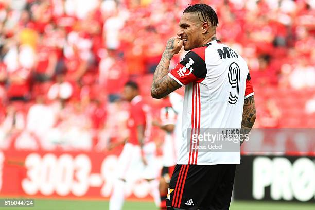 Paolo Guerrero of Flamengo during the match between Internacional and Flamengo as part of Brasileirao Series A 2016 at Estadio BeiraRio on October 16...