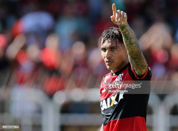Paolo Guerrero of Flamengo gestures during a match between Flamengo and Botafogo as part of Brasileirao Series A 2017 at Raulino de Oliveira Stadium...
