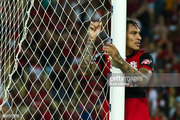Paolo Guerrero of Flamengo laments lost a goal during a match between Flamengo and Atletico MG part of Brasileirao Series A 2017 at Maracana Stadium...