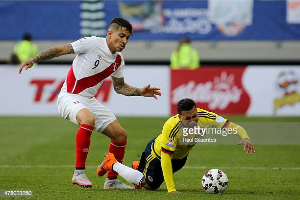 Paolo Guerrero of Peru fights for the ball with Jeison Murillo of Colombia during the 2015 Copa America Chile Group C match between Colombia and Peru...