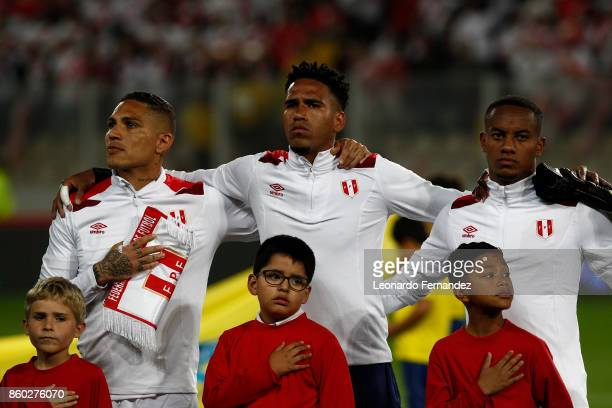 Paolo Guerrero Pedro Gallese and Andre Carrillo of Peru line up before the match between Peru and Colombia as part of FIFA 2018 World Cup Qualifiers...