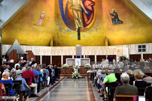 Paolo Limiti's coffin arrives at the the church of Santa Maria Goretti on June 28 2017 in Milan Italy Paolo Limiti was born in Milan on May 8 was a...