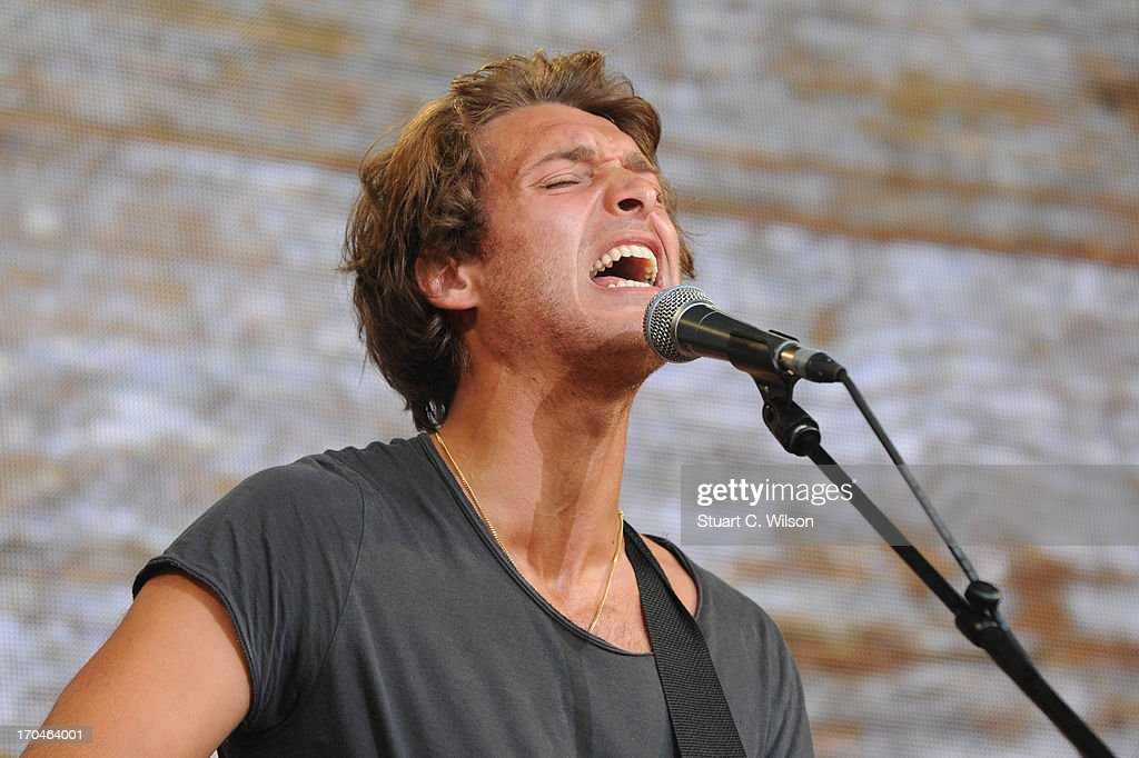 <a gi-track='captionPersonalityLinkClicked' href=/galleries/search?phrase=Paolo+Nutini&family=editorial&specificpeople=2261160 ng-click='$event.stopPropagation()'>Paolo Nutini</a> performing at agit8 at Tate Modern, ONE's campaign ahead of the G8 at Tate Modern on June 13, 2013 in London, England.