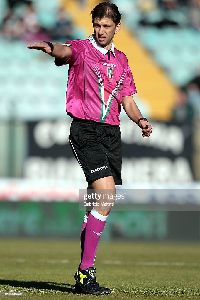Paolo Tagliavento of Terni referee gestures during the Serie A match between AC Siena and Atalanta BC at Stadio Artemio Franchi on March 3, 2013 in Siena, Italy.