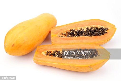 Papaya aislado sobre fondo blanco : Foto de stock