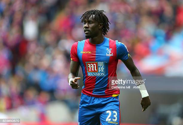 Pape Souare of Crystal Palace during The Emirates FA Cup semi final match between Watford and Crystal Palace at Wembley Stadium on April 24 2016 in...