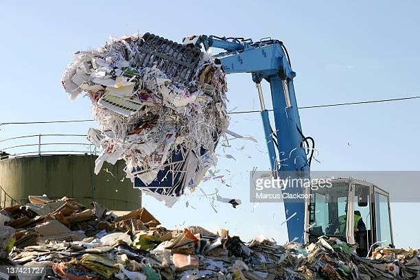 Papel ser reciclados en la recogida de residuos de la planta
