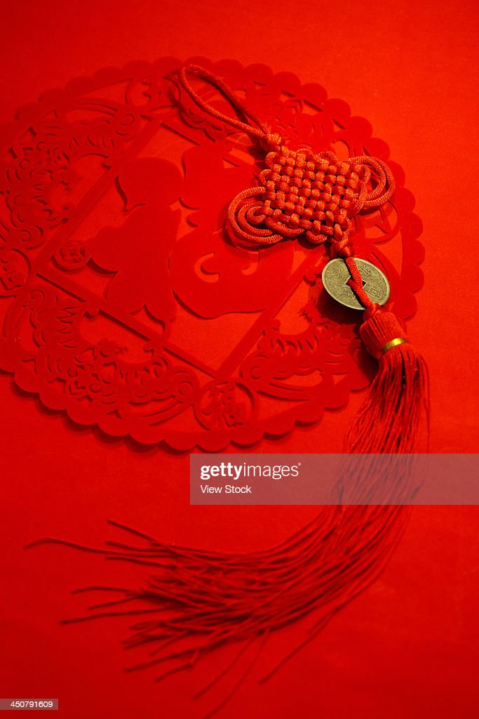 paper cut-out and Chinese knot