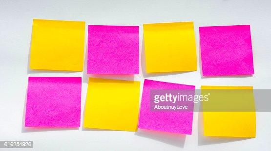 Paper Note on white background : Foto de stock