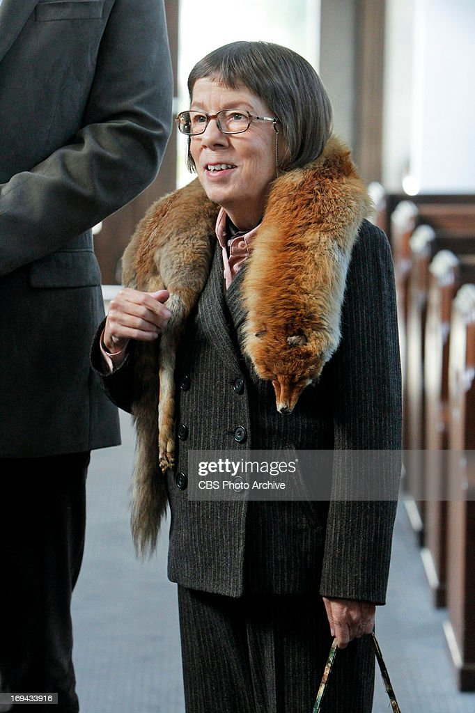 <a gi-track='captionPersonalityLinkClicked' href=/galleries/search?phrase=Linda+Hunt&family=editorial&specificpeople=2613145 ng-click='$event.stopPropagation()'>Linda Hunt</a> (Henrietta 'Hetty' Lange) on