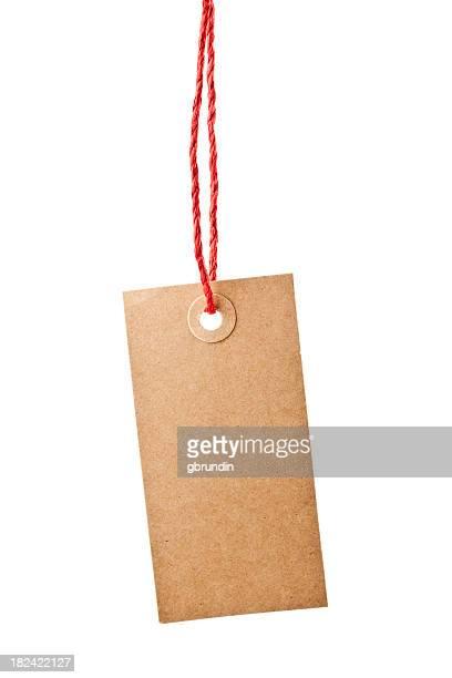 Étiquette rouge en papier de corde suspendu
