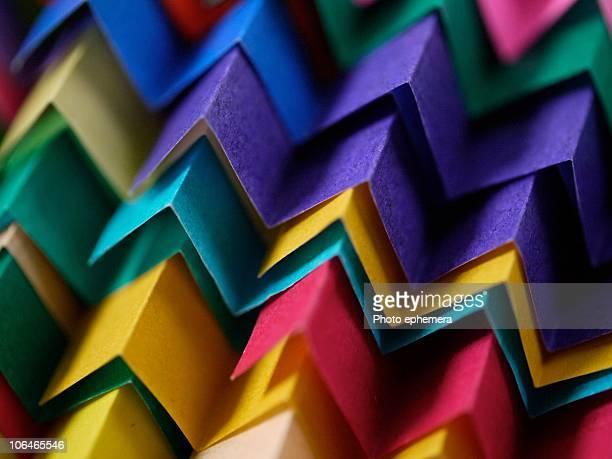 Paper zigzag tiles