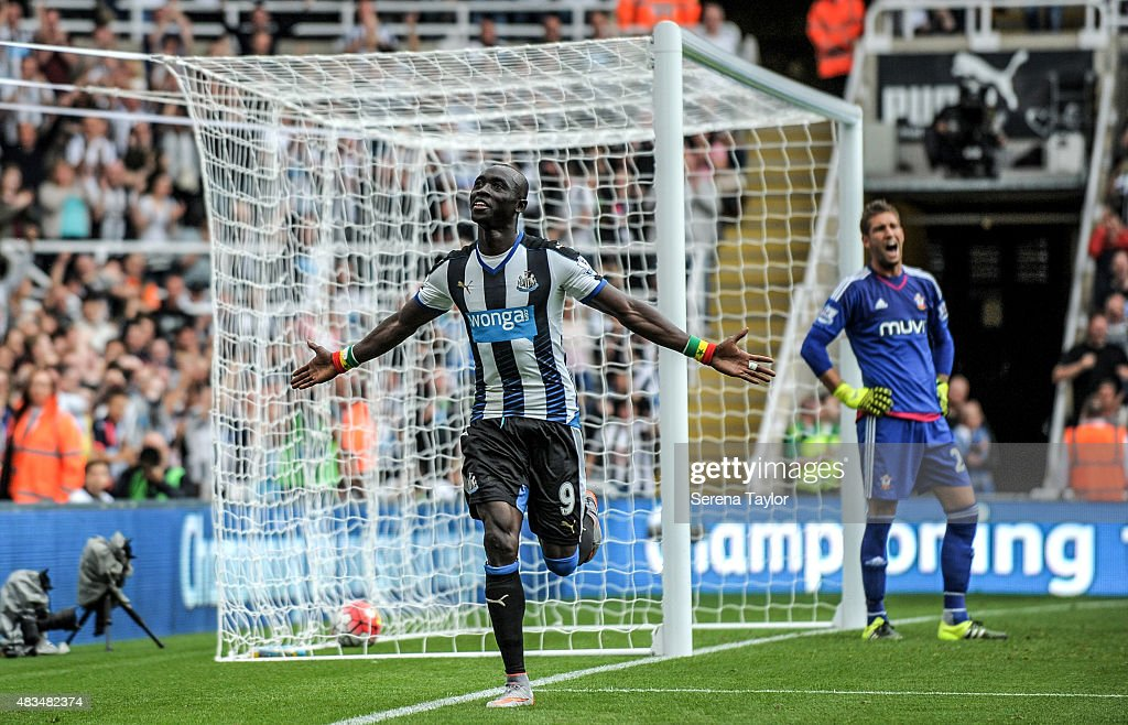 Papiss Cisse of Newcastle celebrates after scoring Newcastles first and equalising goal during the Barclays Premier League match between Newcastle United and Southampton at St.James Park on August 9, 2015, in Newcastle upon Tyne, England.