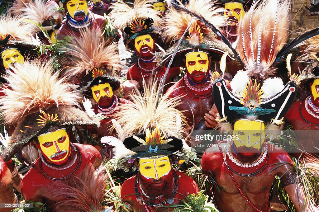 enga culture Enga culture angela partin ant101: introduction to cultural anthropology (gsf1134a) june maul 9-18-11 physical geography enga refers to both an ethnic group located in the highlands of papua new guinea and the province in which they are the majority ethnic group.